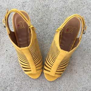 f21635a1b5b Delicious Shoes - ✨ Delicious mustard yellow peep toe cage heel ✨